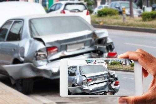 Вмновник аварии скрылся с места происшествия